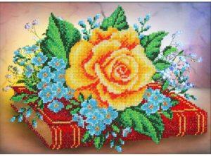 Картина «Роза» из бисера