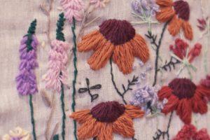 Работа на трикотажной ткани