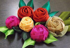 Розы из проволочной ленты