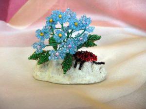 Цветок из бисера для новичков